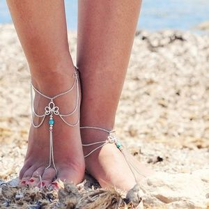 Jewelry - New Pair Barefoot Sandals
